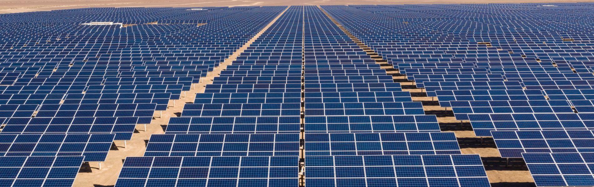"""""""Sürdürülebilirlik için, verimsiz topraklar güneş enerjisi ile buluşuyor."""""""